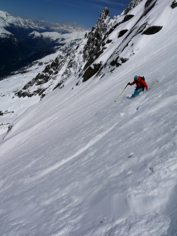 Minna skiing on the lower slopes. © Ben Briggs