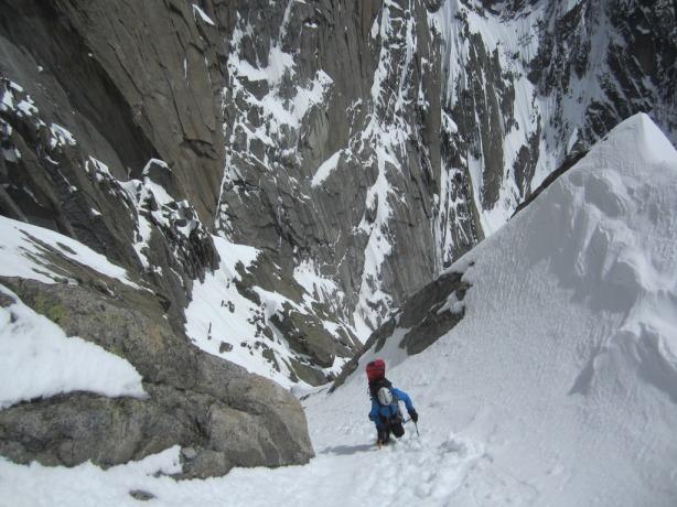 Brendan climbing the couloir. © Mikko Heimonen
