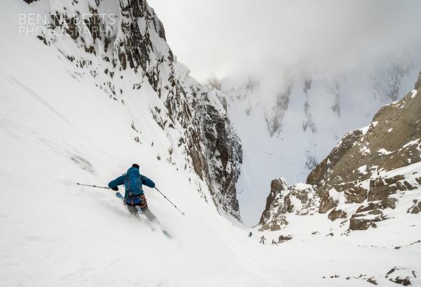 Skiing the Gervasutti.